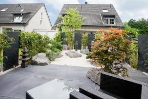 Japanischer Vorgarten